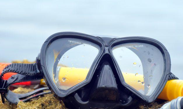 Tauchausrüstung und Tauchzubehör – Maske, Anzug, Jacket, Lampen & Co.