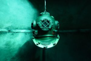 Unterwasserhelm aus der Vergangenheit